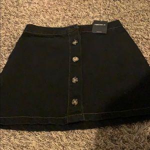 Forever 21 skirt (never been worn)